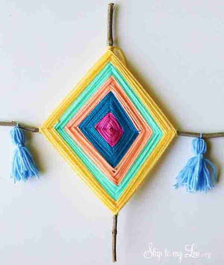 10 Yarn Crafts For Kids