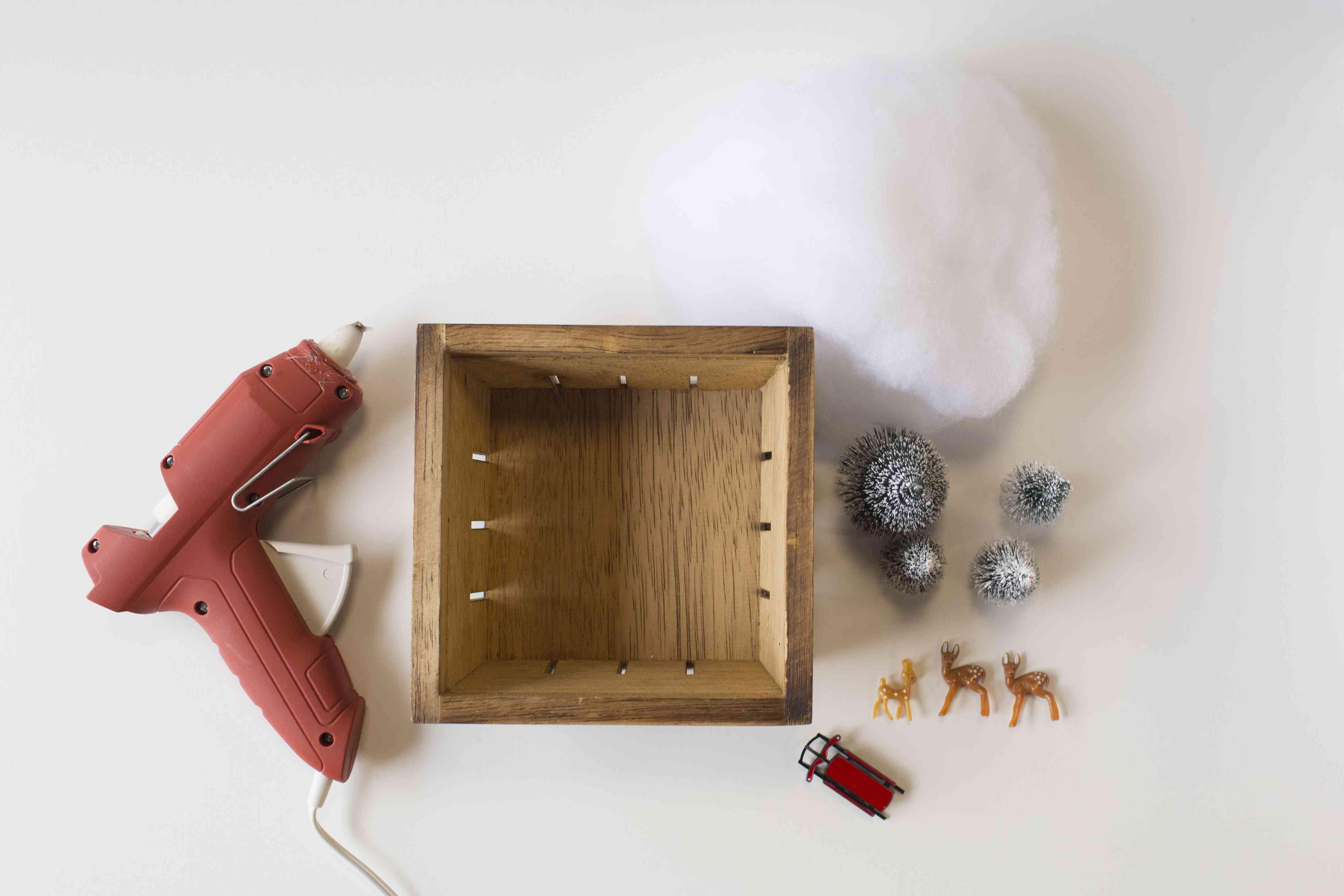Diorama supplies