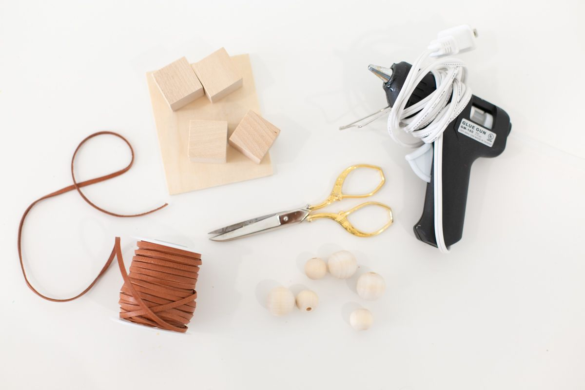 materials for DIY key holder