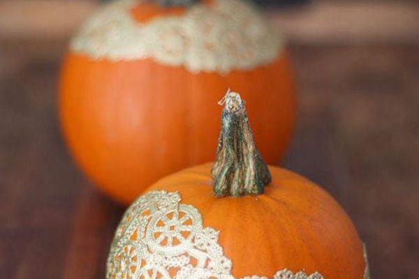 diy doily no carve pumpkin