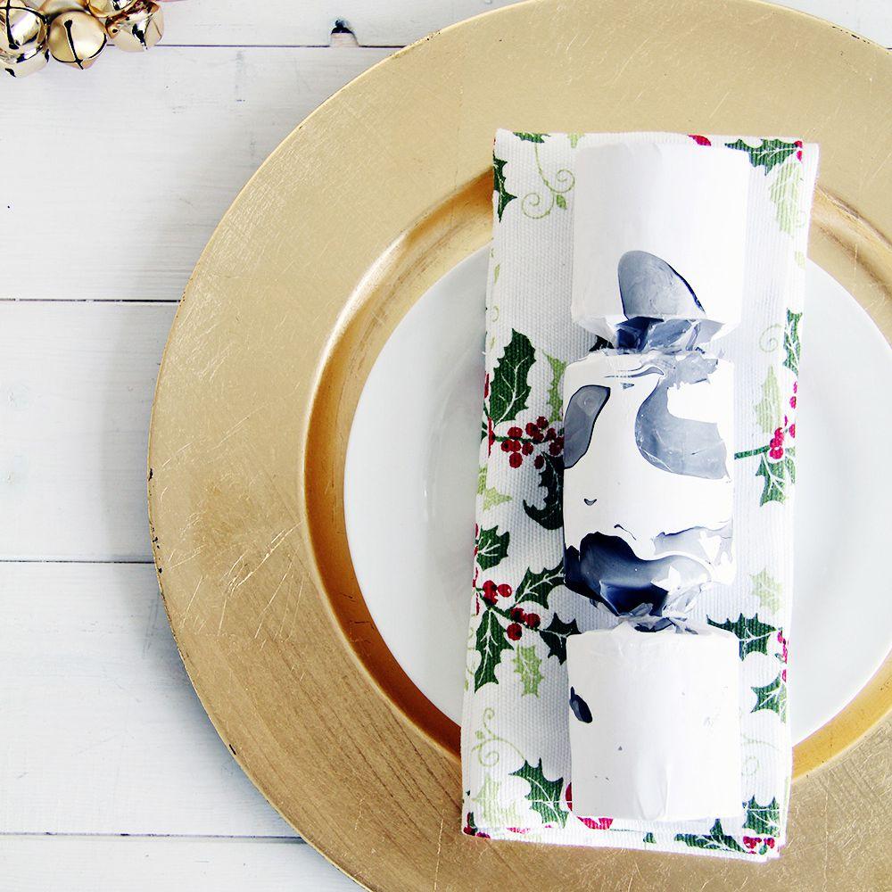 DIY Marble Christmas Crackers