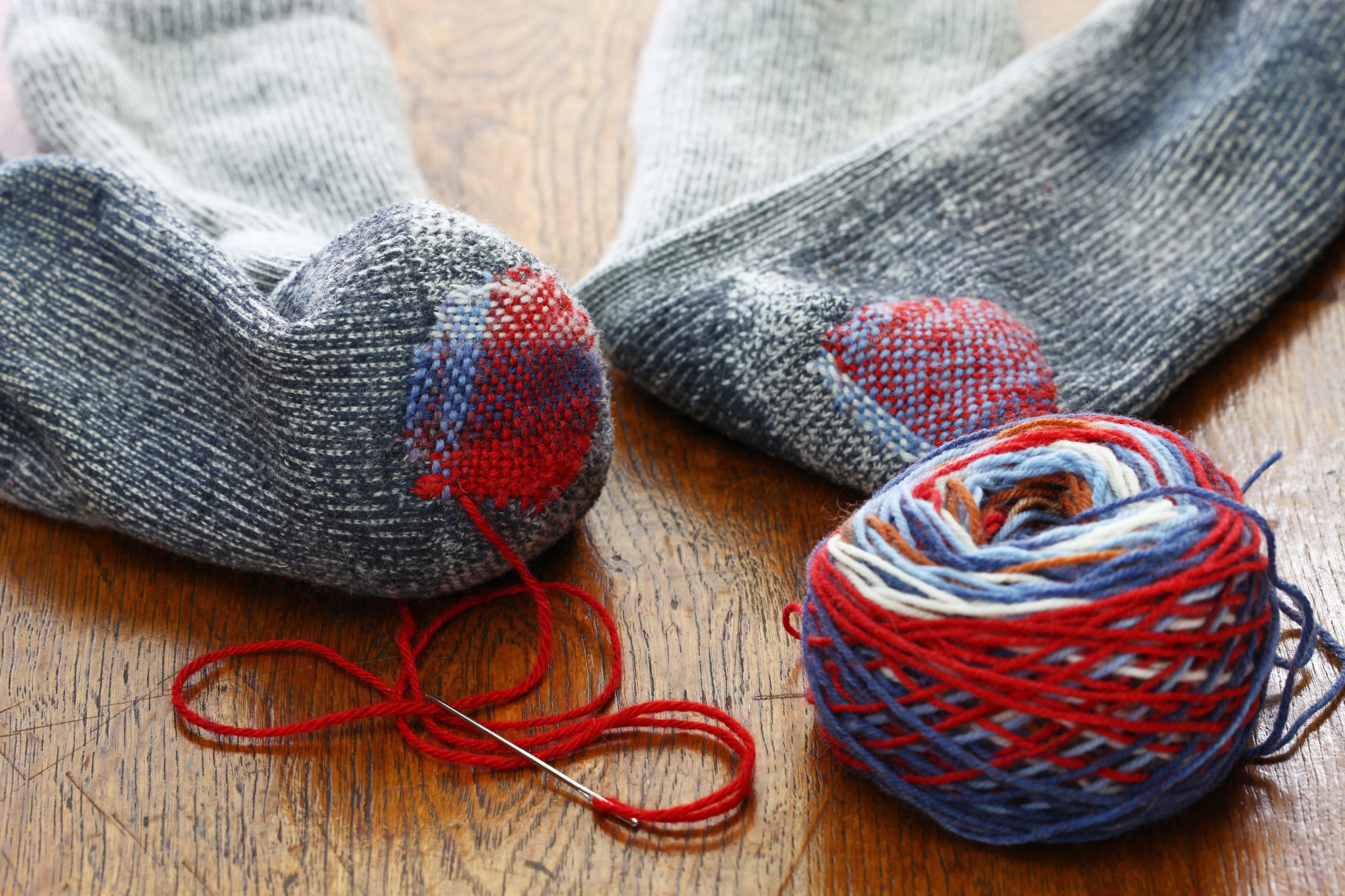 Slideshow Sock Darning Tutorial