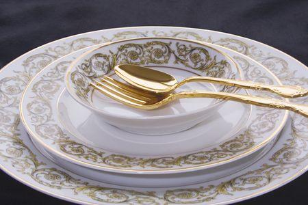 Limoges Porcelain China Defined