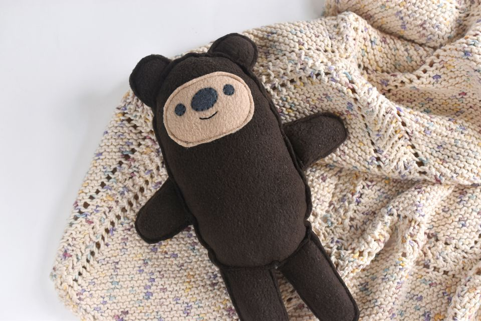Raw-Edged DIY Fleece Teddy Bear