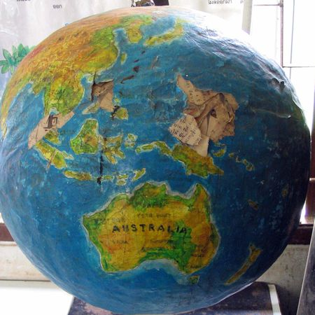 How to make a paper mache globe craft paper mache glove gumiabroncs Images