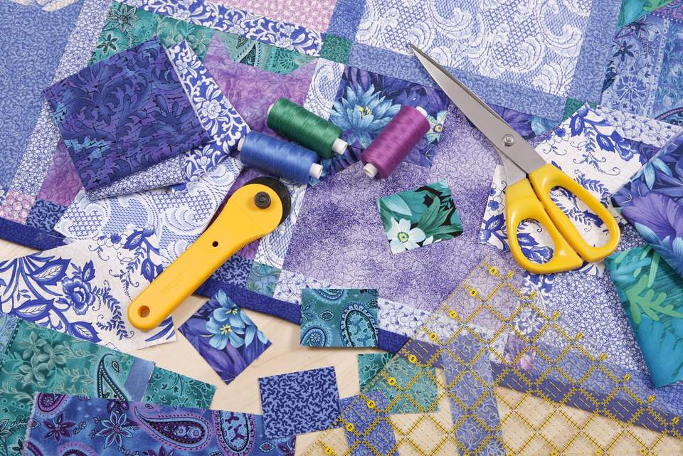 Rotary cutting tools and fabrics