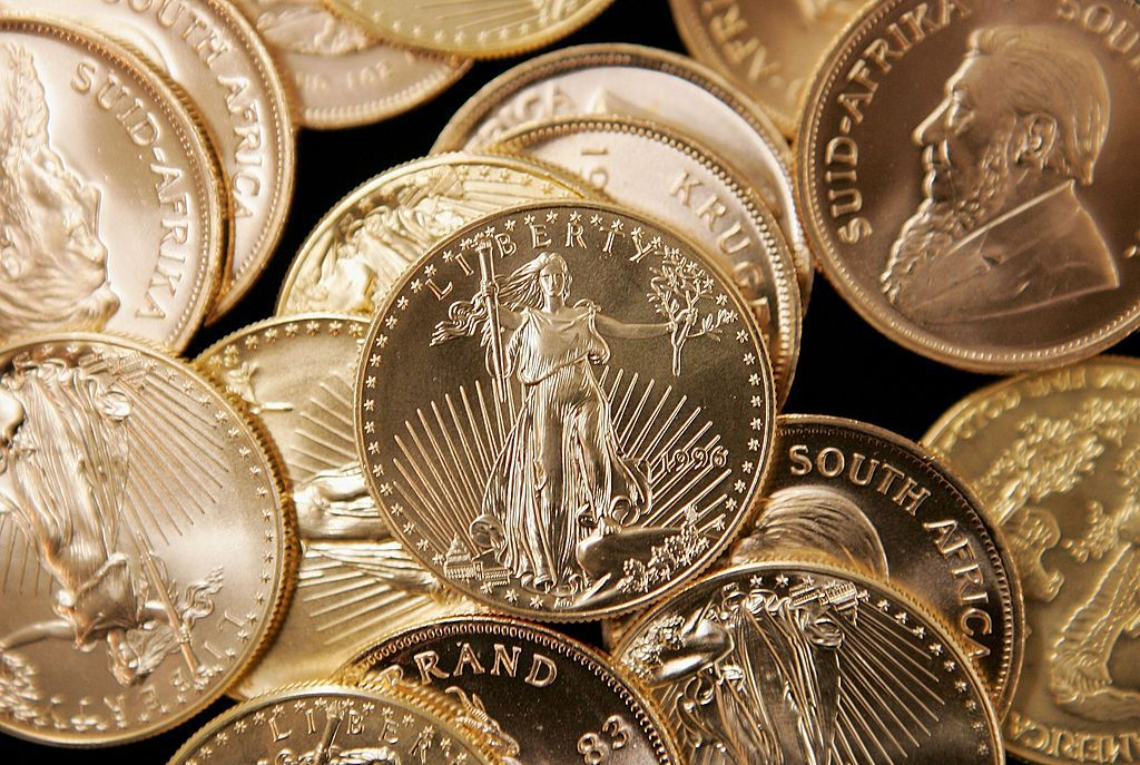 3 Things You Must Know Before Buying Gold Coins