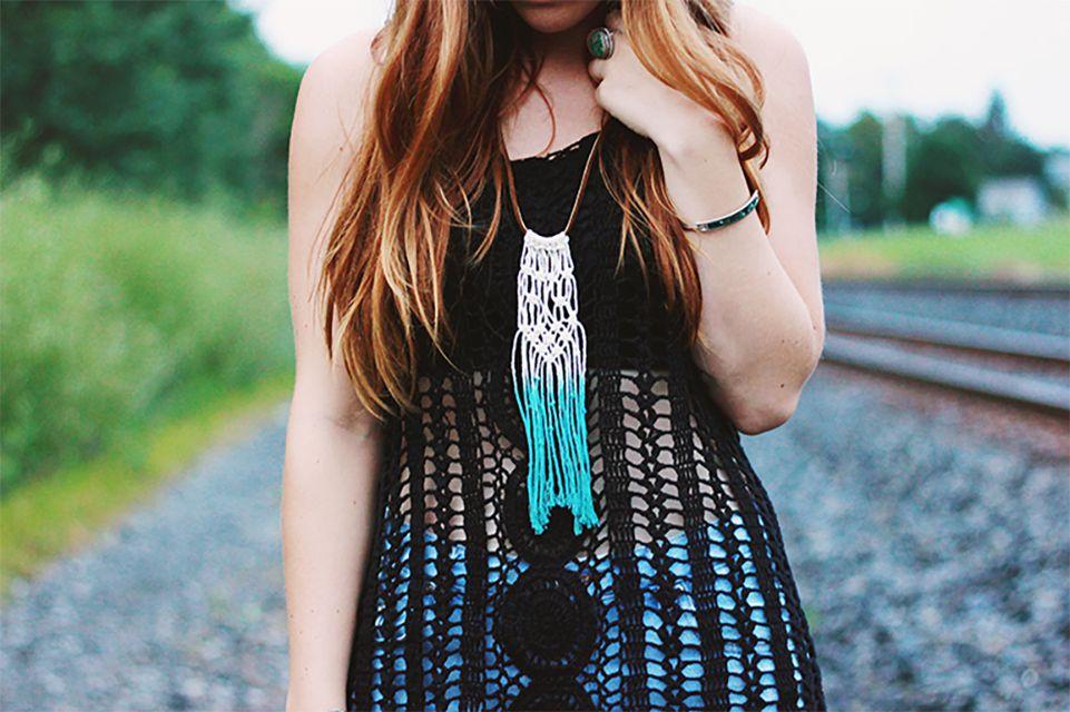 diy dyed macrame necklace
