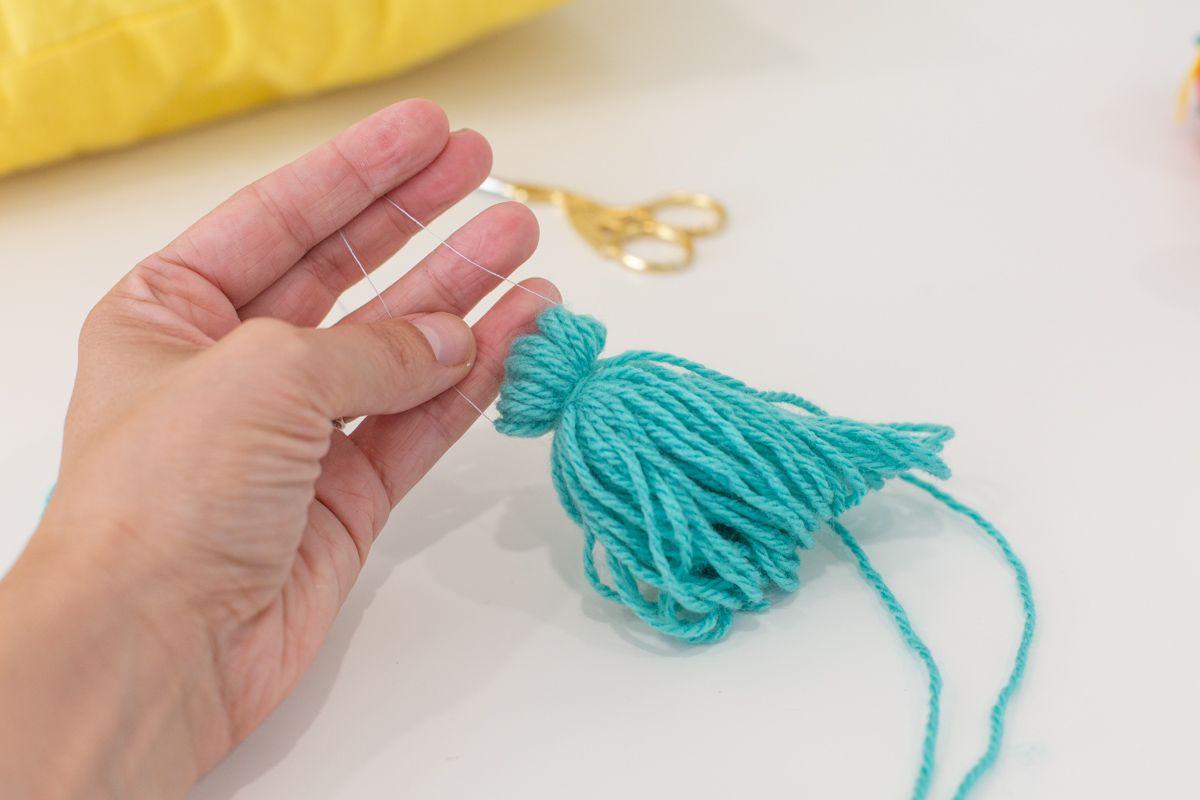 Tied-off tassel