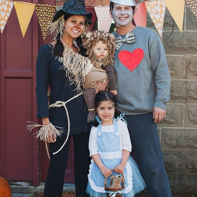 Cute Ideas For Family Halloween Costumes.29 Fun Diy Family Halloween Costume Ideas