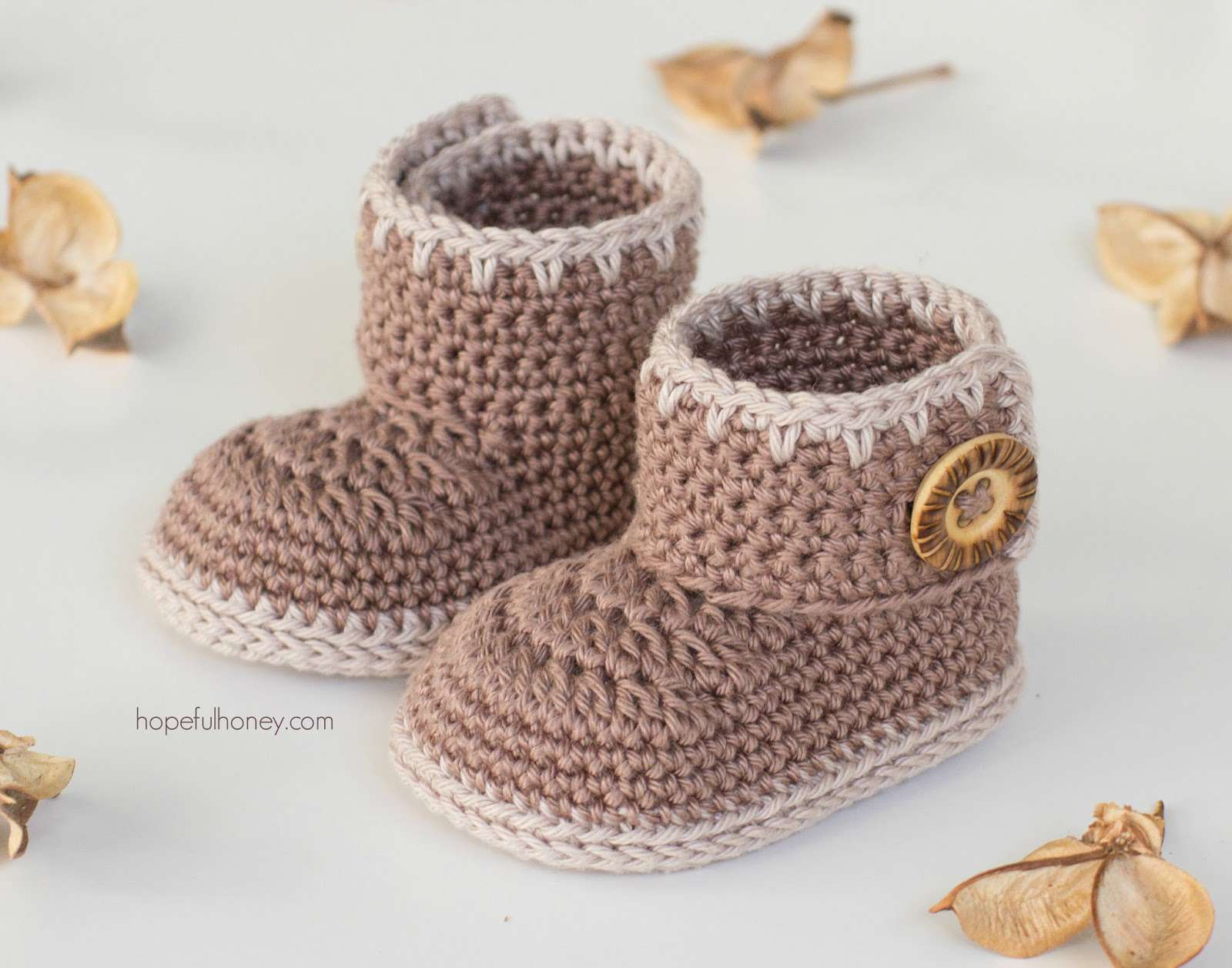 14 Crochet Patterns For Baby Booties