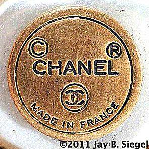 Chanel round 1970s mark