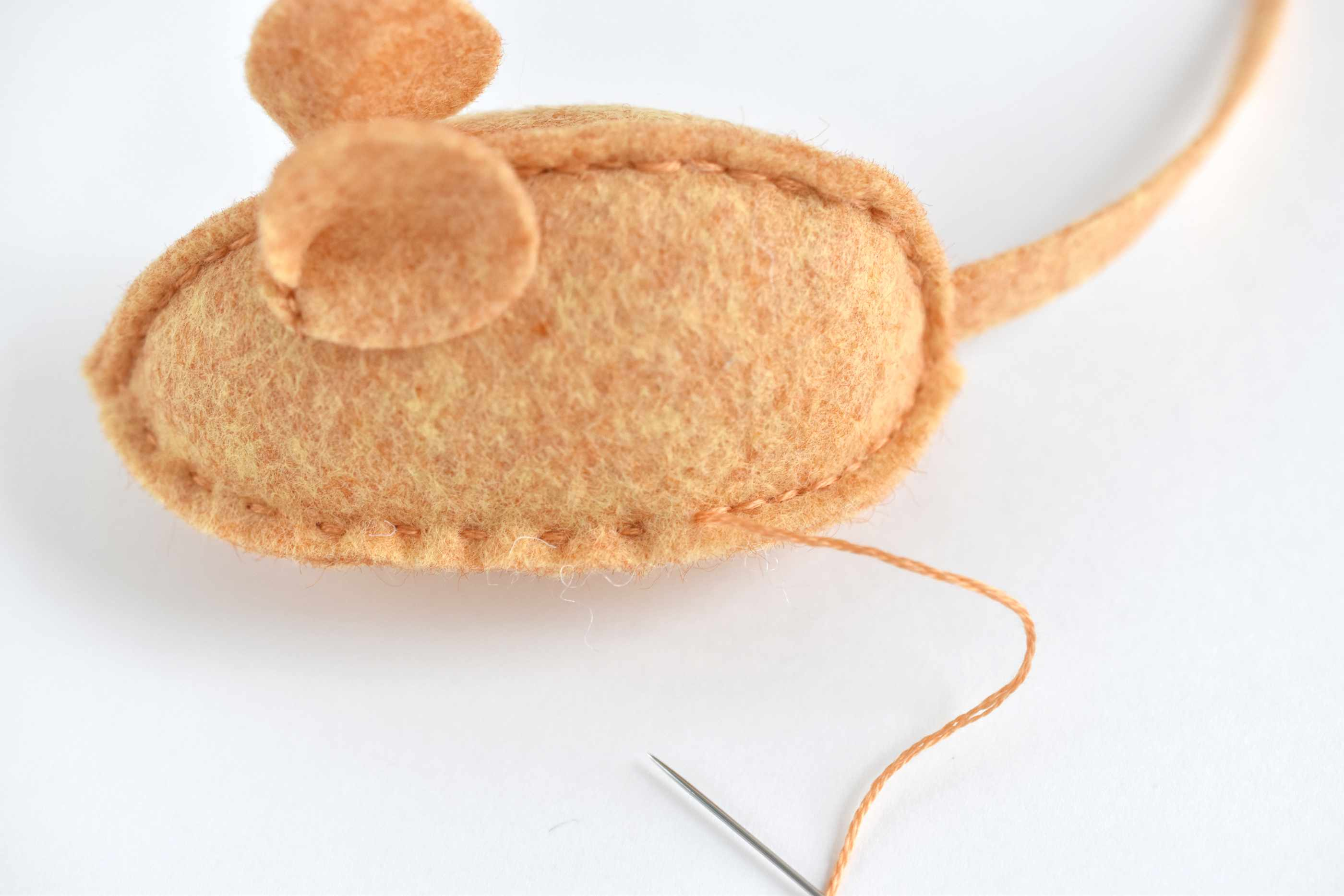 Free Hand Sewing Pattern for a Catnip Mouse Cat Toy