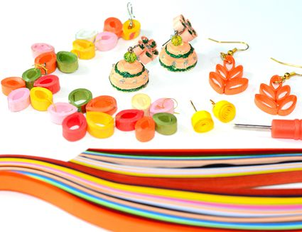 quilling tools and projects