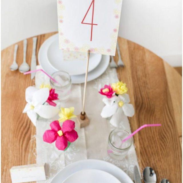 table number holder