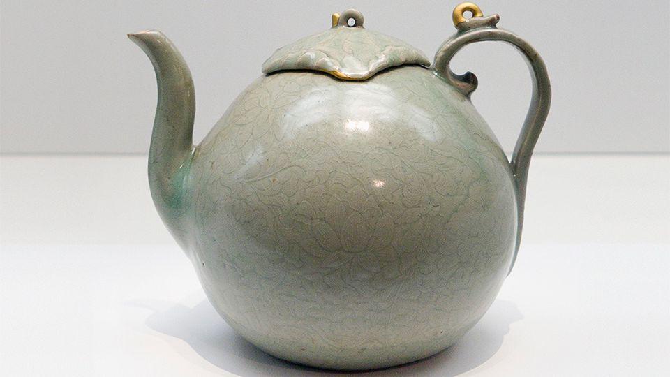 Goryeo Celadon teapot
