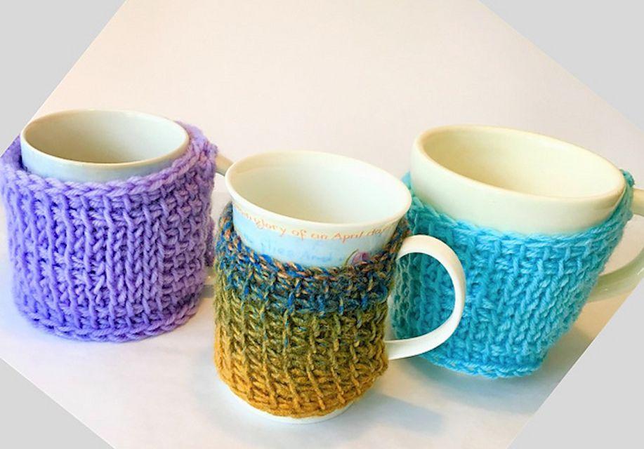 Tunisian crochet simple stitch mug cozy free pattern