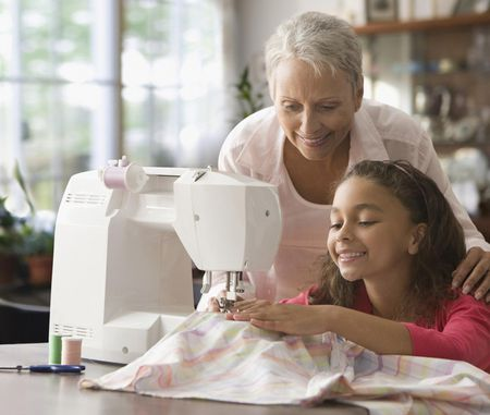 Free And Simple Ways To Learn Sewing Simple How To Learn To Sew On A Sewing Machine