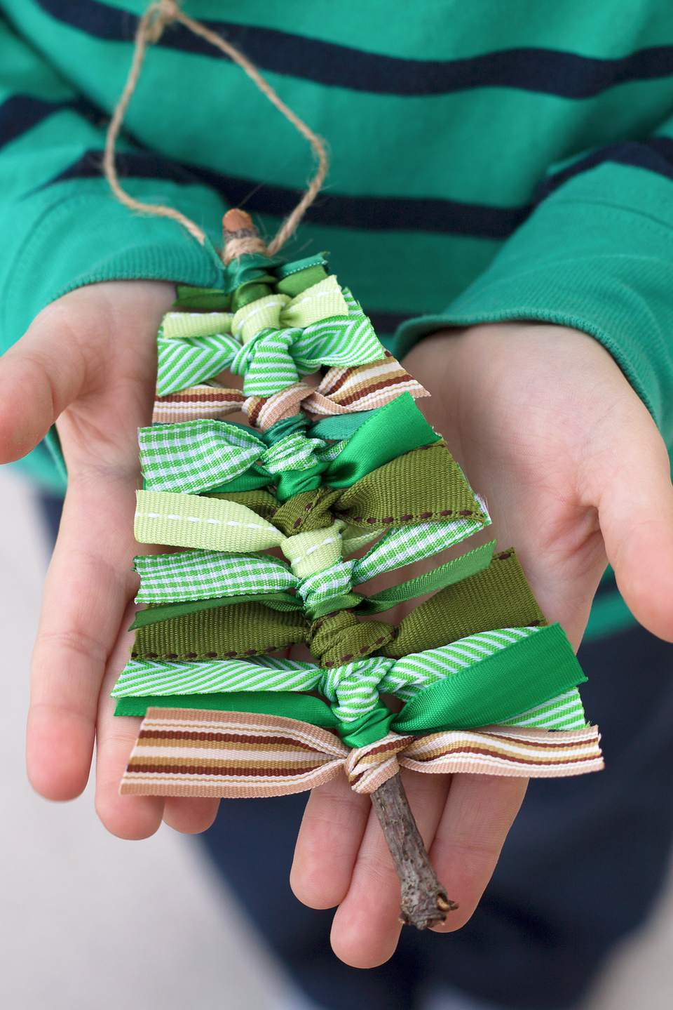 How to Make a Scrap Ribbon Christmas Tree Ornament