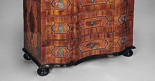 Credenza Definition In English : Identifying antique furniture foot styles