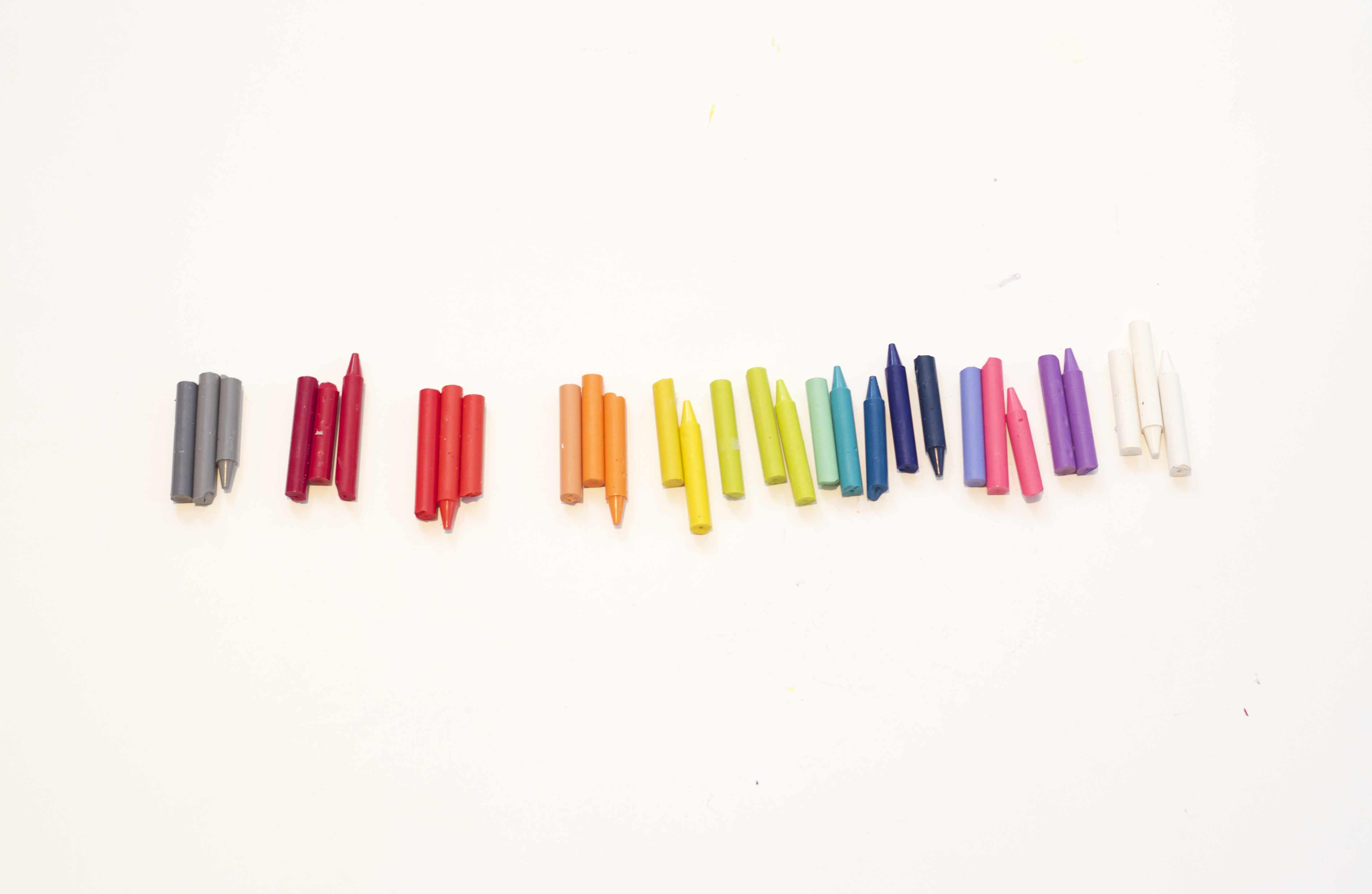 How to repurpose broken crayons