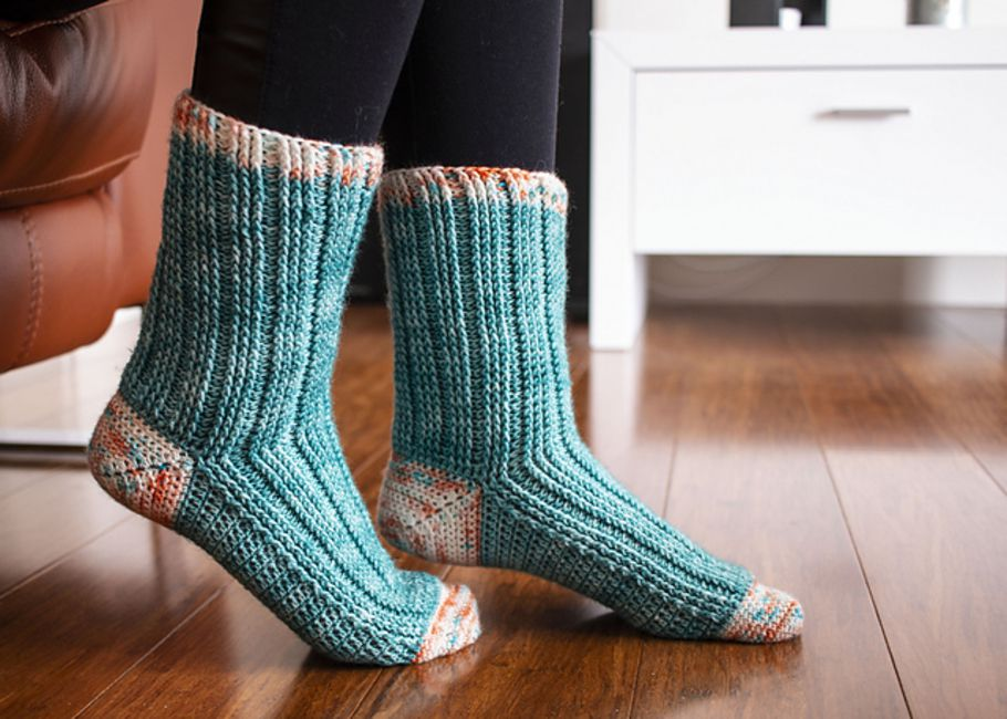 Ribbed Crochet Socks Pattern