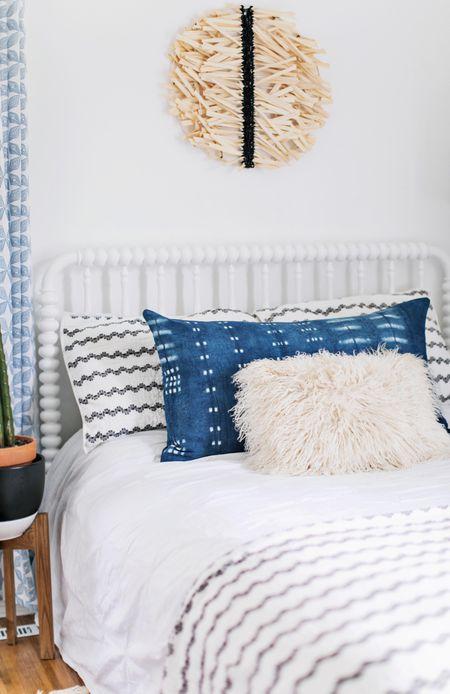 25 Diys To Update Your Bedroom - Diy-bedroom-decor-model