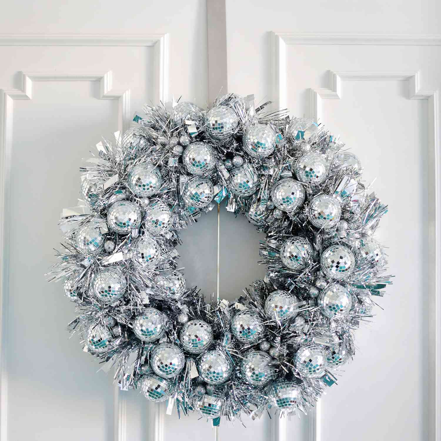 36 Christmas Wreaths You Can Diy