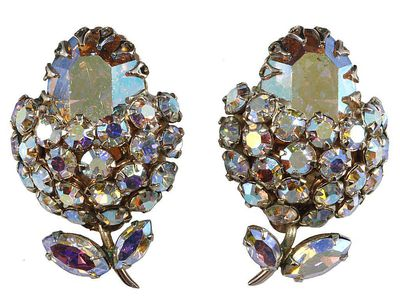 How To Identify Stones Used In Vintage Costume Jewelry