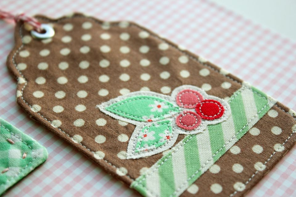 Sewn and Appliqued Christmas Gift Tags