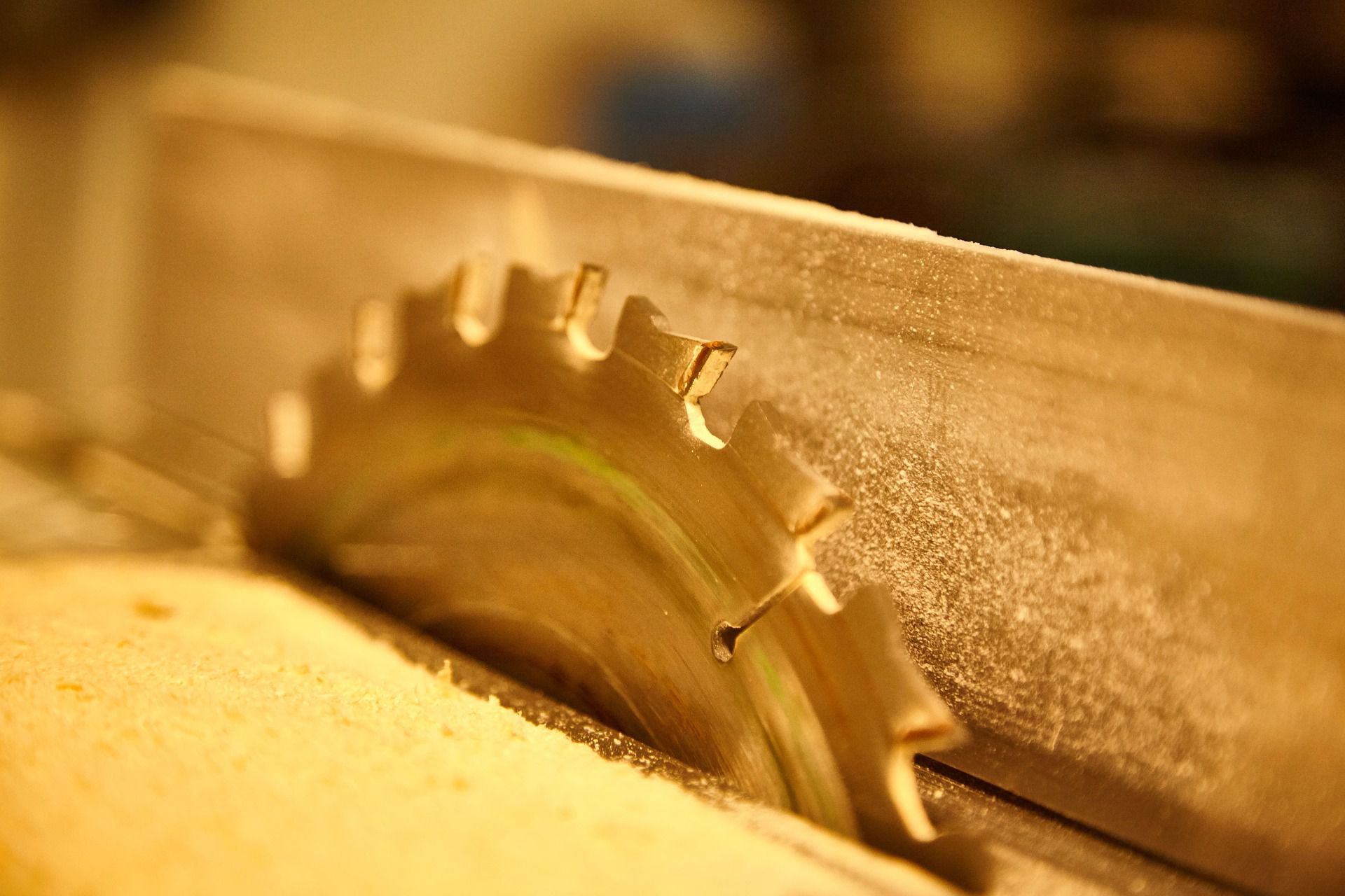How To Prevent Saw Blade Burns On Wood