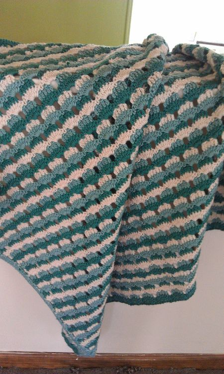 5 Beautiful Free Shell Stitch Crochet Afghan Patterns