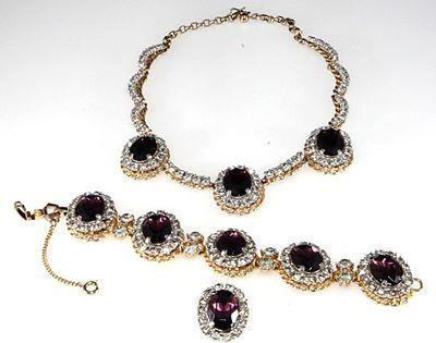 Schiaparelli Necklace Set