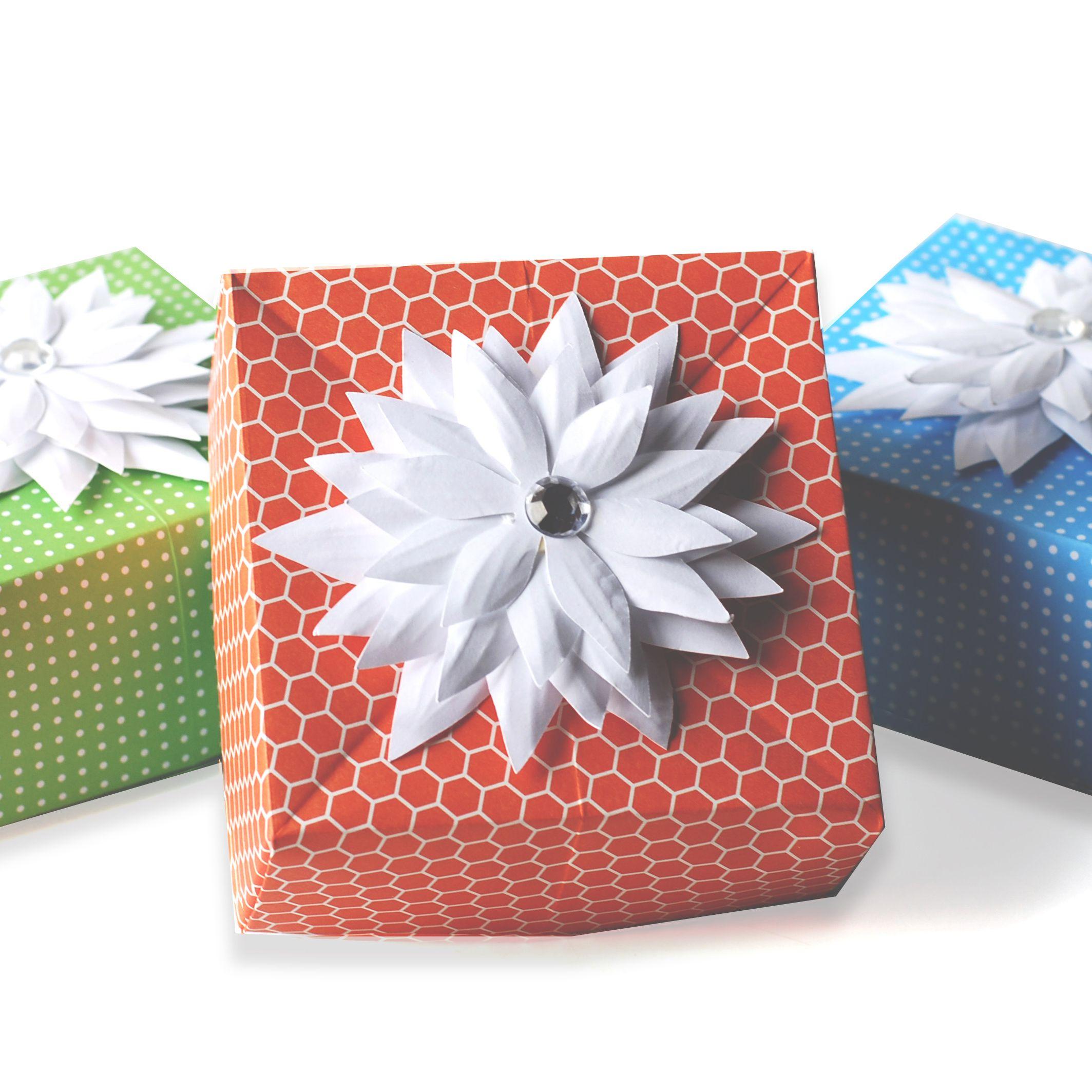 Gift Box White Vigo 12x9x4 With Lid Easy to Assemble No Glue | Etsy | 2127x2127