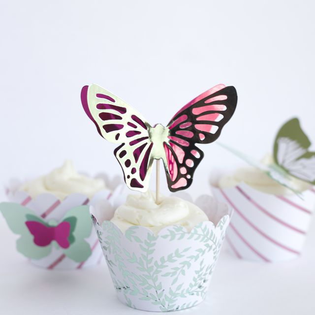 butterfly wall decor winky crafts.htm 24 spring decor ideas for diyers  24 spring decor ideas for diyers