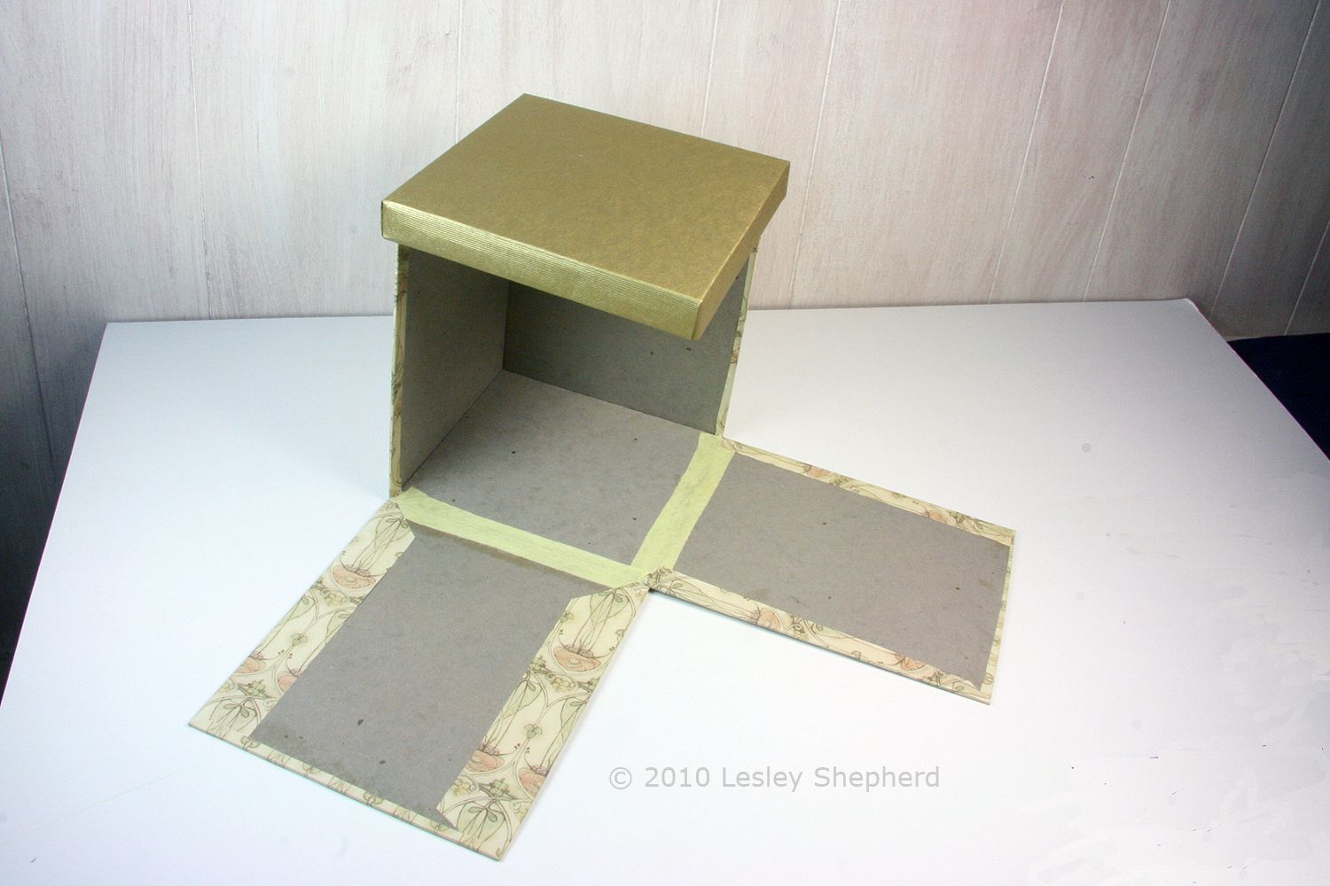 How to Build Room Boxes for Dollhouses or Model Scenes
