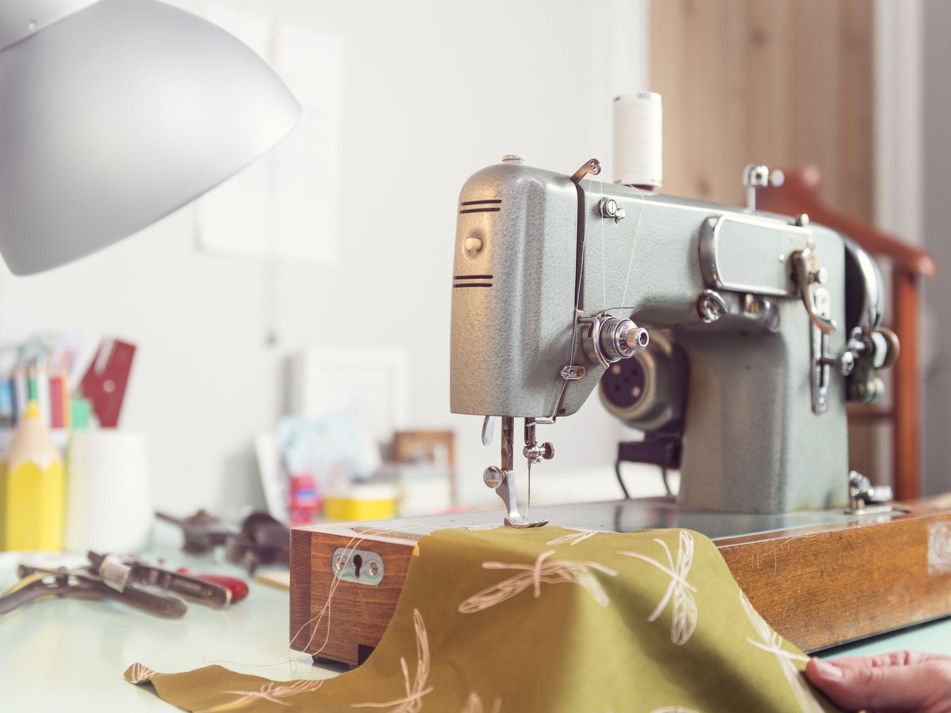 Pressure Adjustment on a Sewing Machine