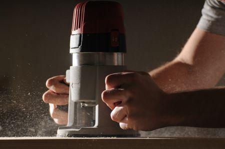 Avoid Splinters When Routing in Woodworking