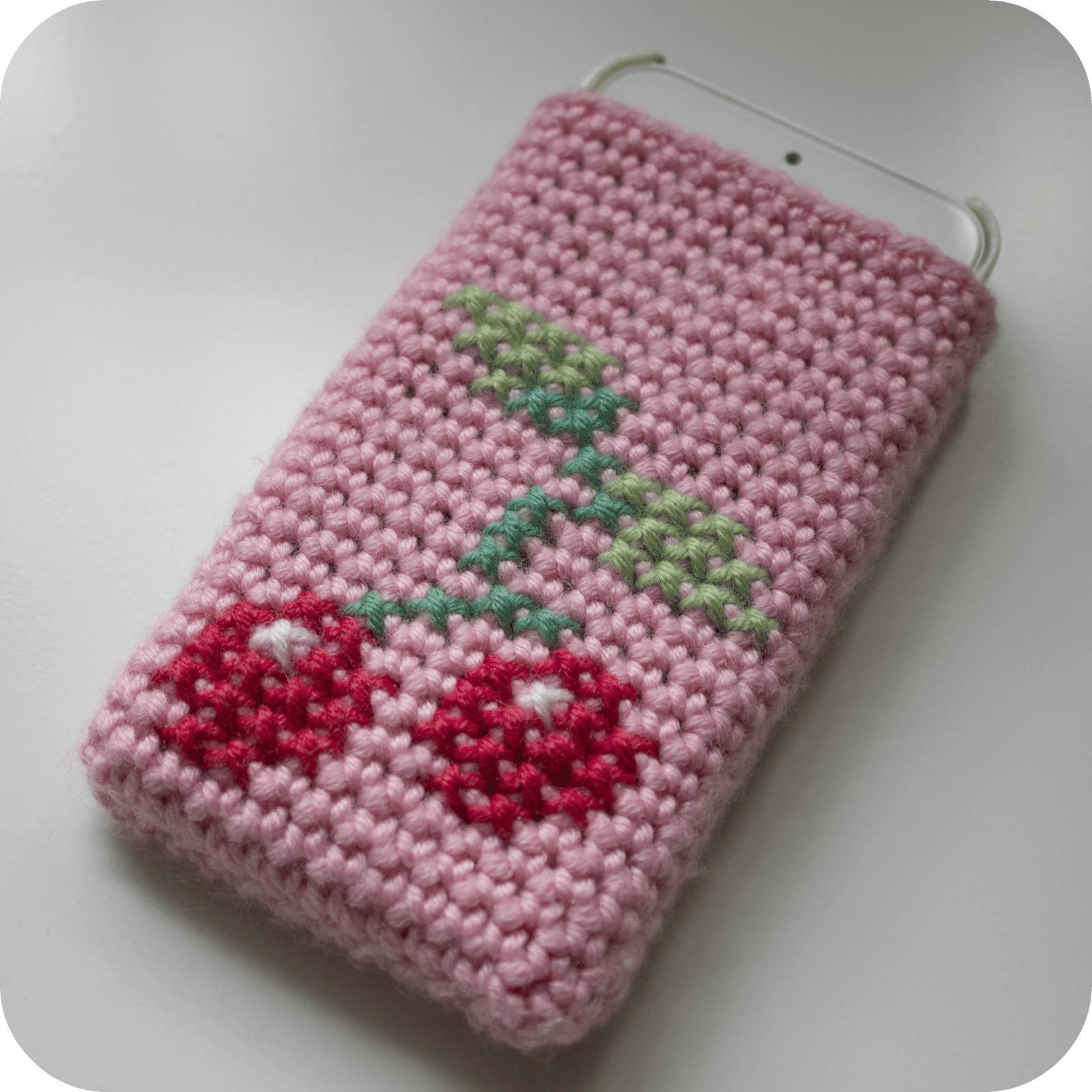 10 Free Crochet Phone Case Patterns