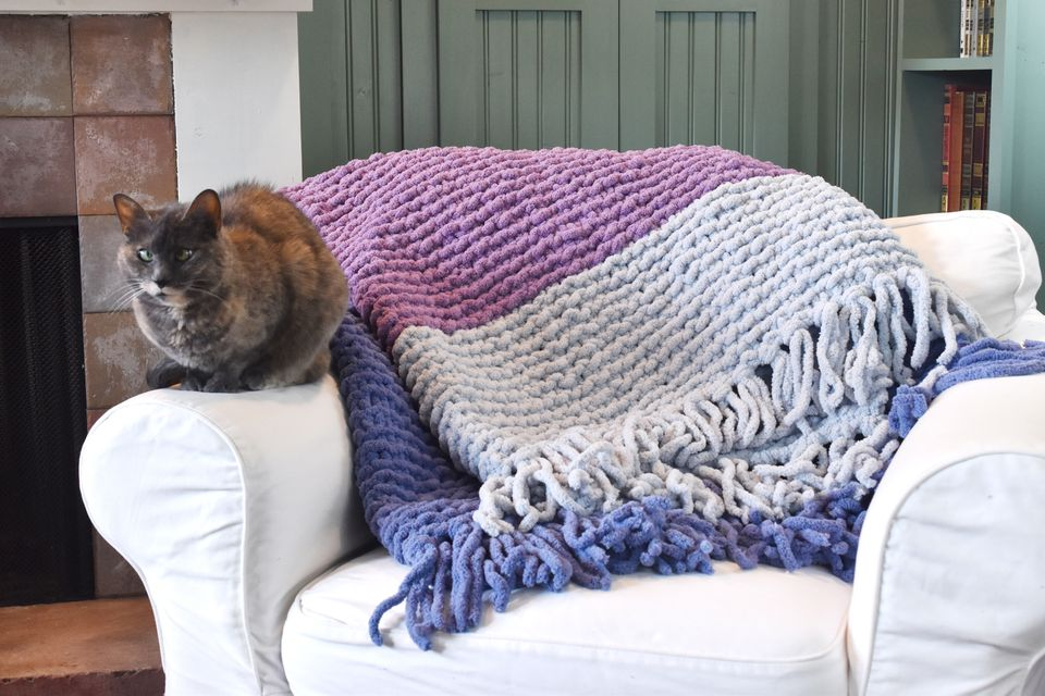 Knit a Jumbo Blanket With Garter Stitch