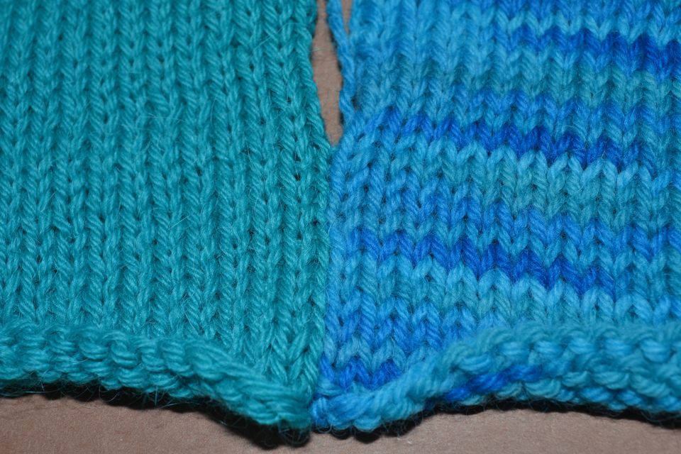 Seaming two pieces of knitting with mattress stitch