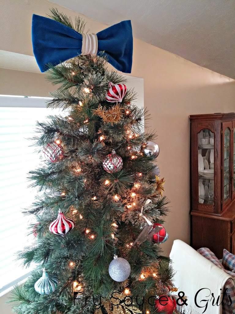 DIY Velveteen Bow Tree Topper Tutorial