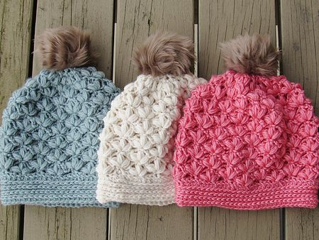 f52ebfde2c6 winter crochet hat pattern with blossoms