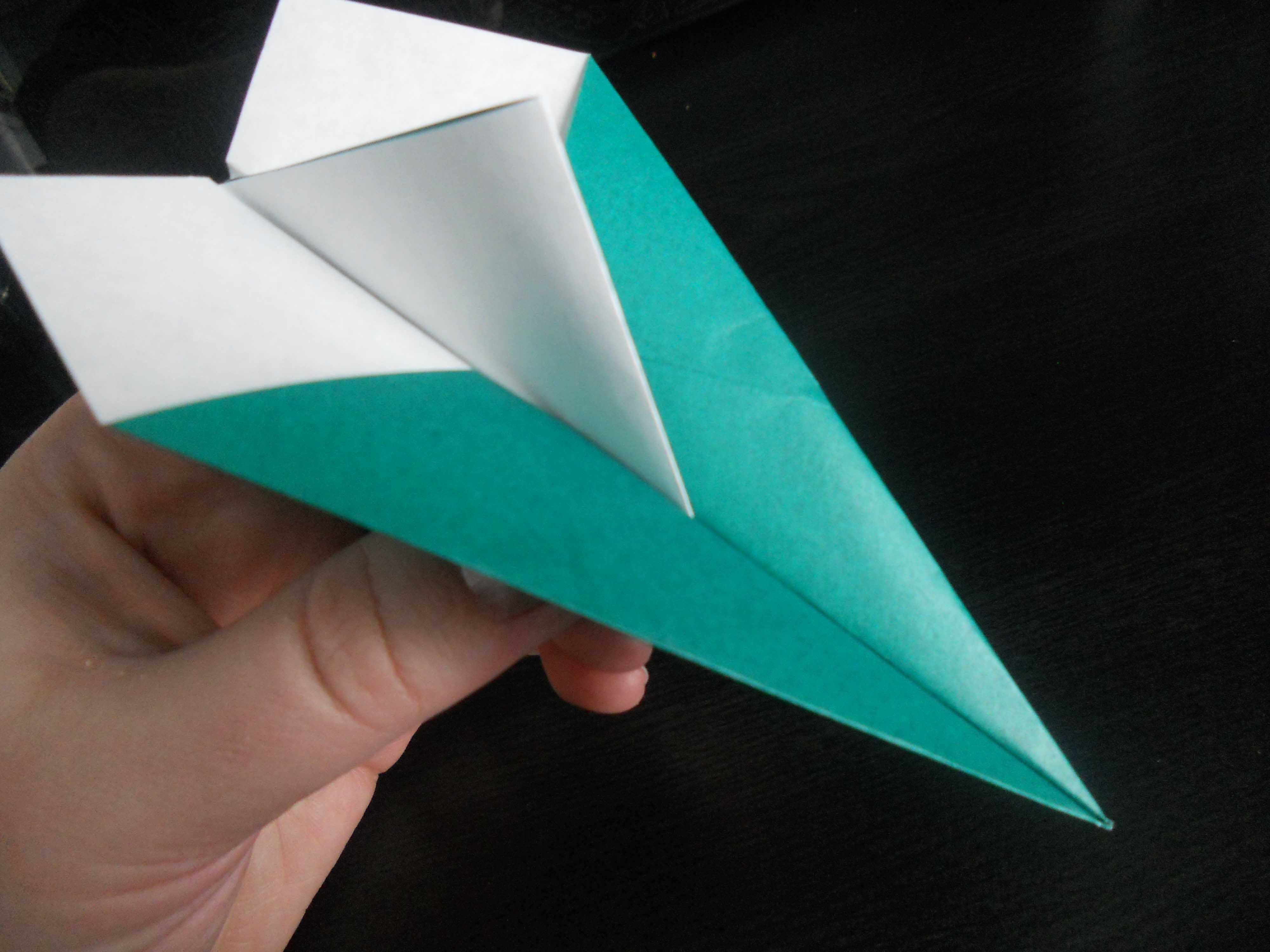 How To Make A Clic Dart Paper Airplane