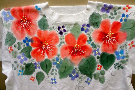 10 Practical Tips for Fabric Painting