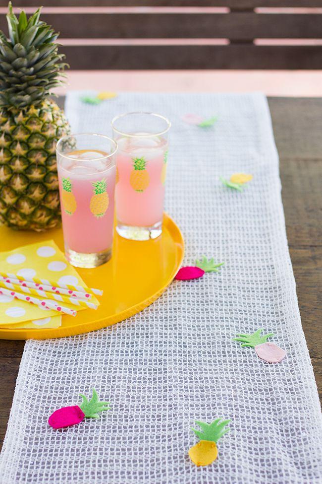 DIY Pineapple Table Runner