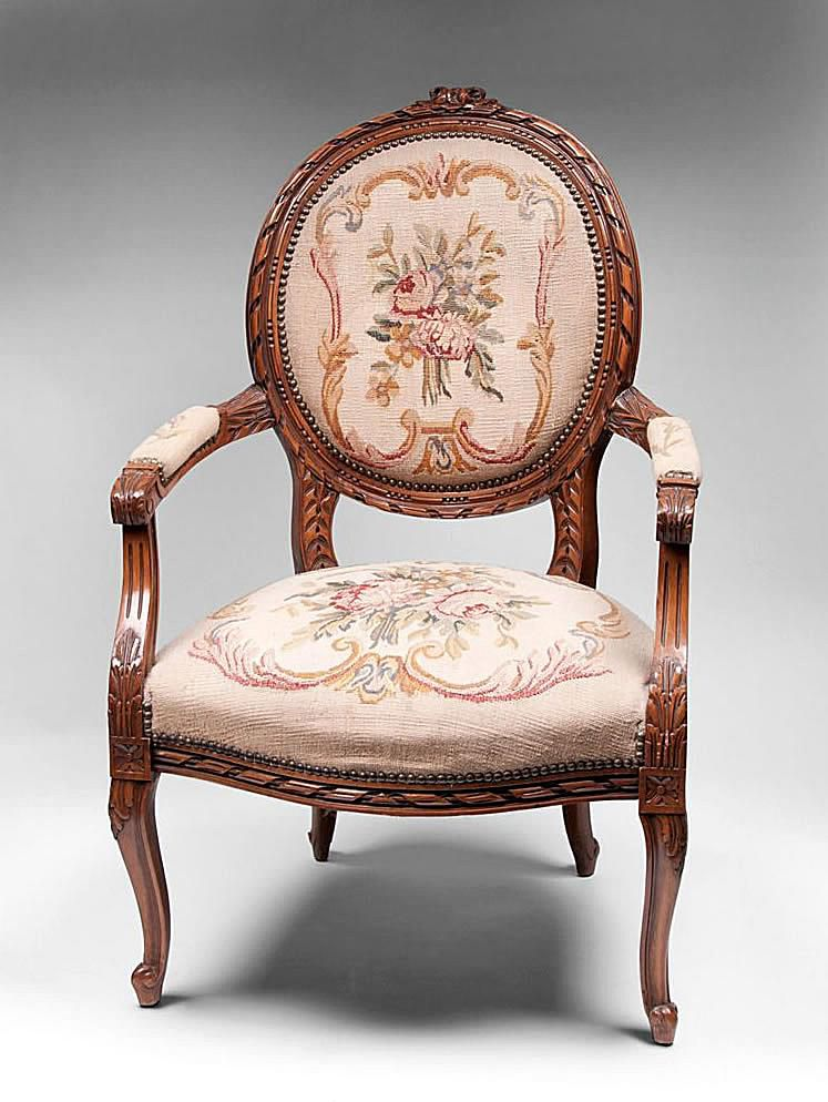 Upholstered Antique Chair Styles - Antique Style Chair Antique Furniture