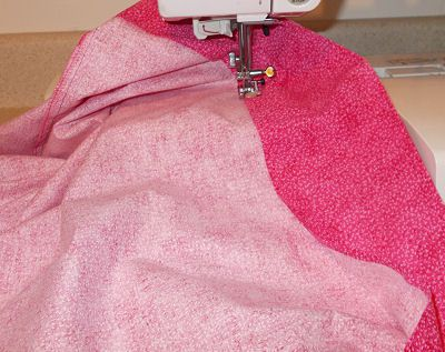 How to Sew a Nice Straight Hem on a Pillowcase