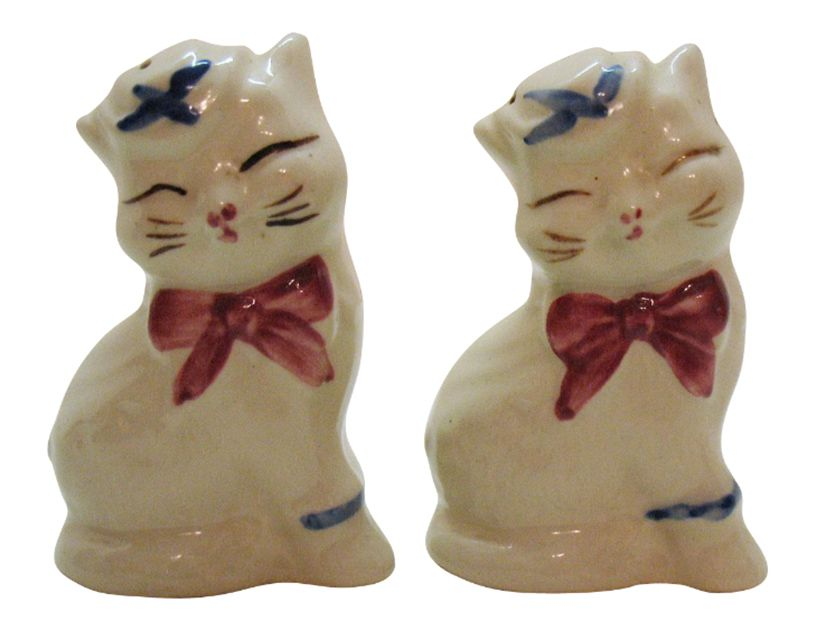 Shawnee Puss 'n Boots Salt and Pepper Shakers