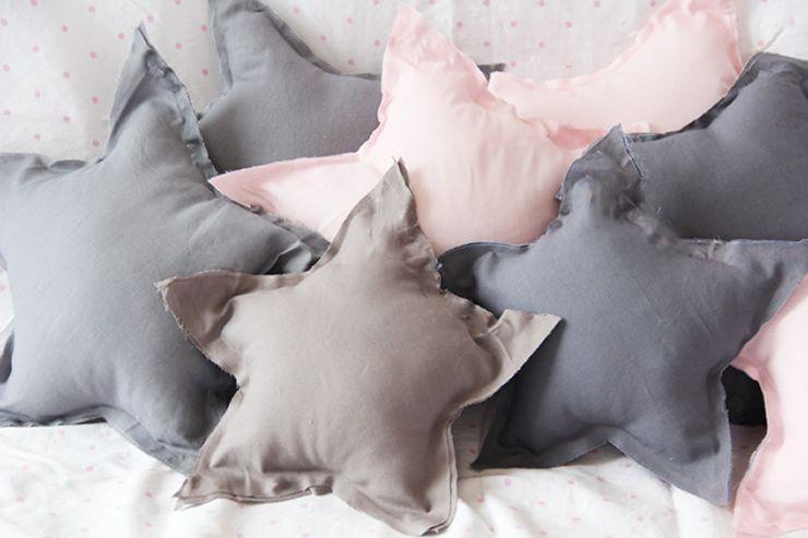 DIY No Sew Star Pillow